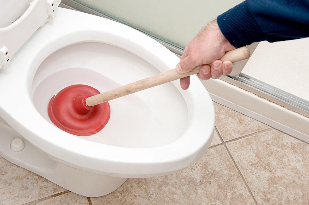 Débouchage toilette Plombier Terrebonne